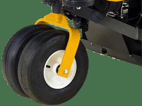 dual-tail-wheel-side