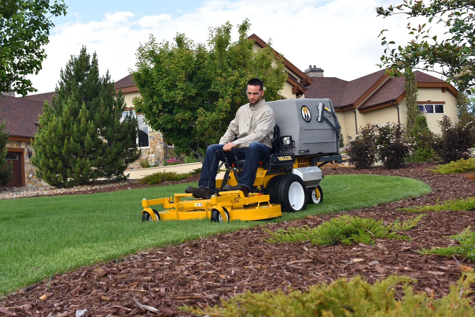 The Walker Model T25i Commercial Lawn Mower